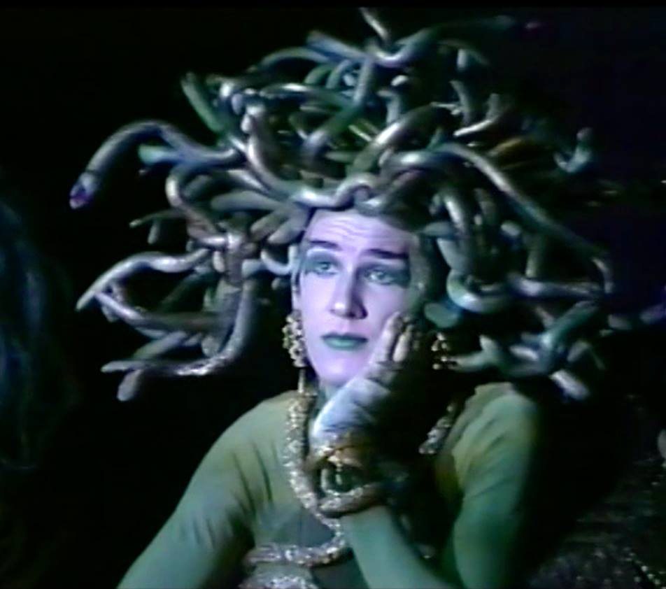 Medusa Pade