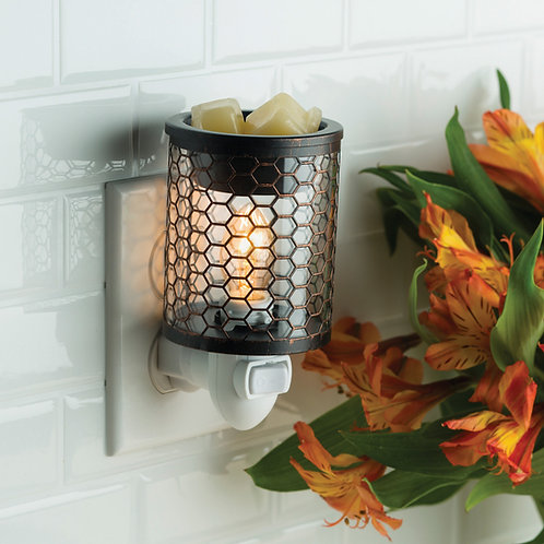 Chicken Wire Pluggable Warmer