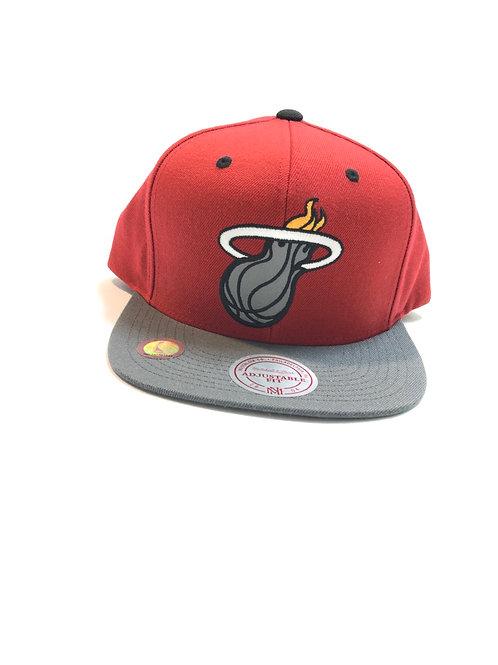 Michell & Ness Miami heat hat