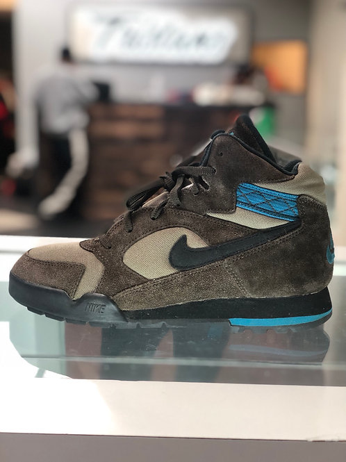 Vintage Nike Brown & Blue ACG Boots