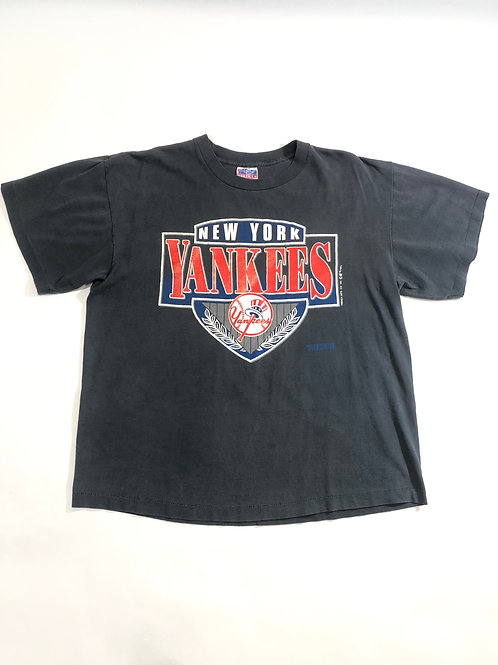 """Vintage 1992 Yankee tee """"Blk aged to Grey Tee"""""""