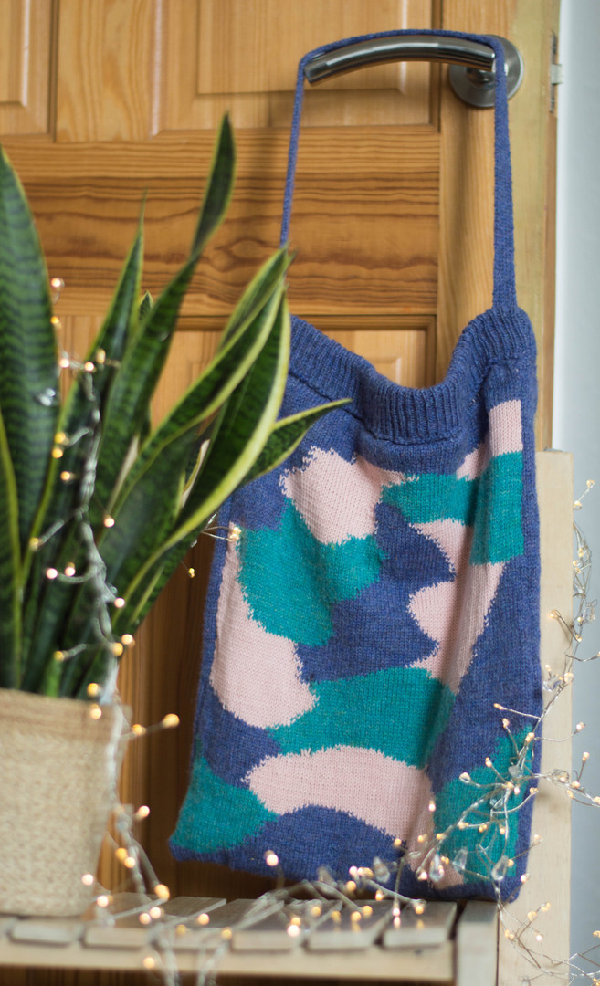 Intarsia Knitted Tote Bag