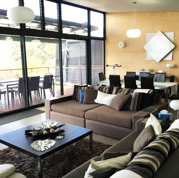 rivendell-winery-villas-living-room.jpg