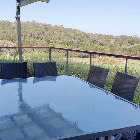 rivendell-winery-villas-verandah.jpg