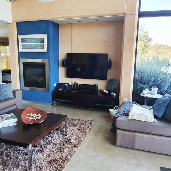 rivendell-winery-villas-loungeroom2.jpg