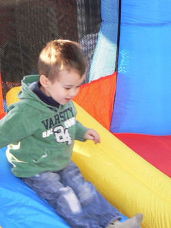 Aniversari infantil amb INFLABLE