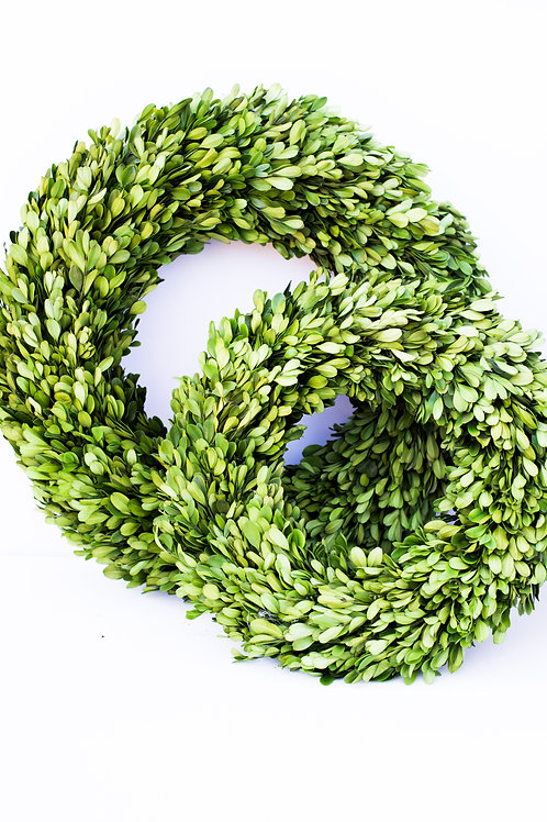 Round Boxwood Wreath (two sizes available)