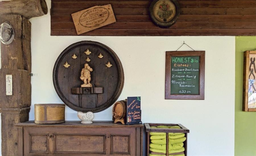 Biergarten im Gasthaus zum Adler in Langendorf bei Hammelburg