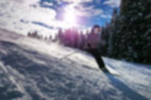skiing-1723857_1280.jpg