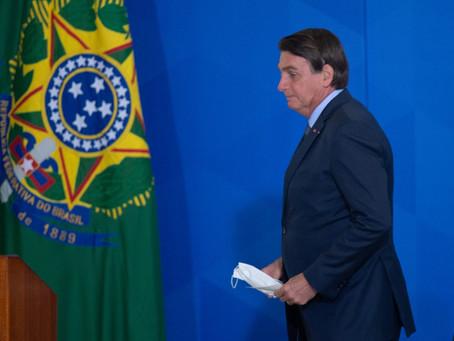 Bolsonaro zera imposto sobre gás de cozinha e suspende por dois meses sobre o diesel
