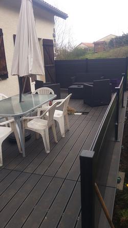pose-terrasse-extérieure-composite