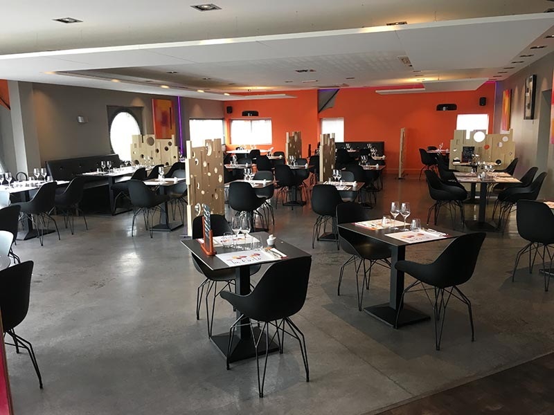 pose-et-agencement-mobilier-restaurant