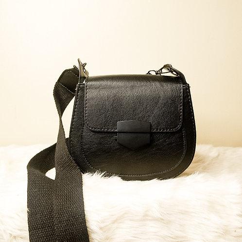 That Minimalist Saddle Bag