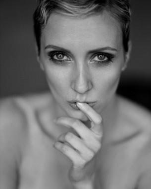 Interview: Makeup artist Elouisa Kotterba (Germany)