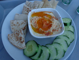EASY HUMMUS FOR ANY OCCASION