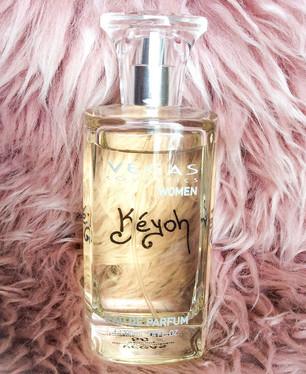 Keyoh A flowery, romantic summer scent.