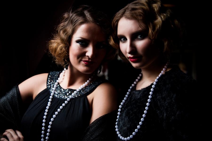 Kayleigh De Koningin van Vrijberghe en Lisanne Siersma MUAH Kim van der Wal Stylist Jami Hallatu.jpg