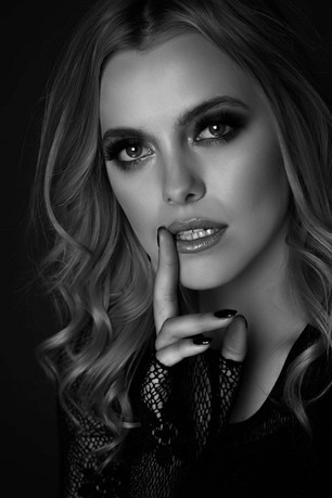 Interview: Model  Weronika Krawczyk ( Poland)