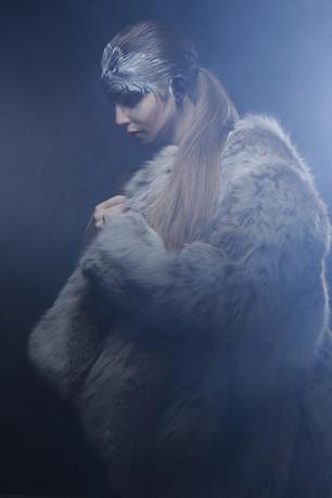 ~ L A U R E N C E~ + Dans la nuit, le loup arrive +