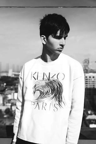 Model: Tommy Chai (Belgium)
