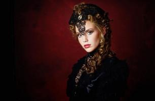 Interview: Corine Steeman (Netherlands) Model, makeup and Hair artist, stylist, jewelry designer