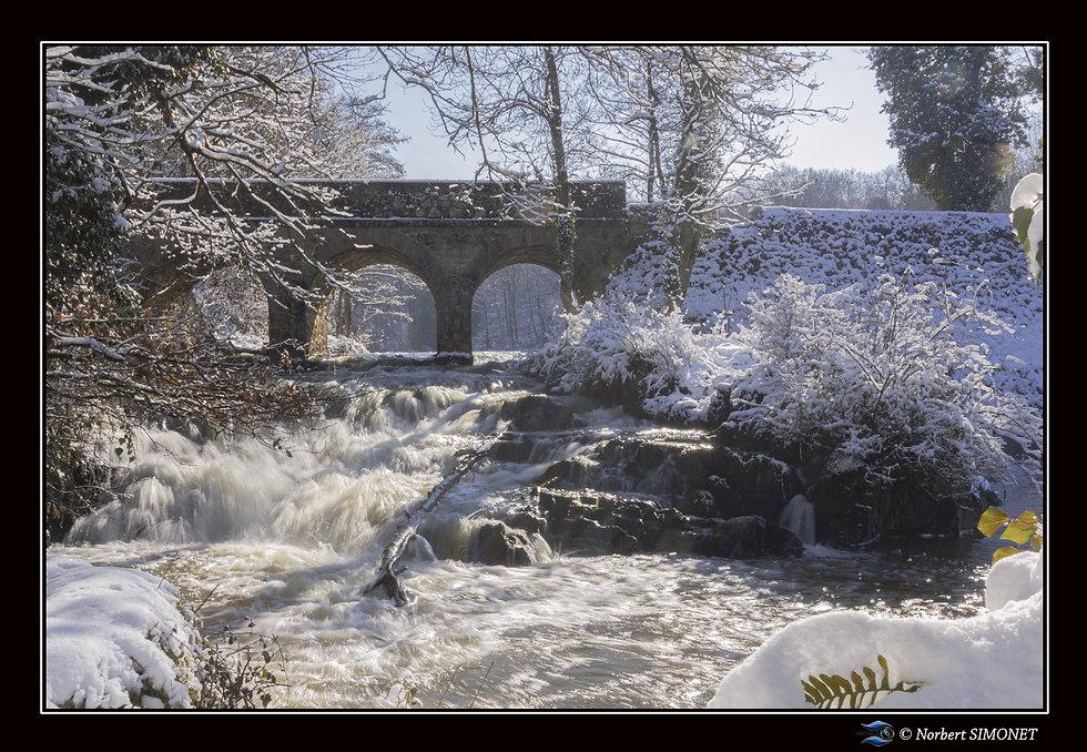 Cascade de Néal sous la neige - Cadre Pa