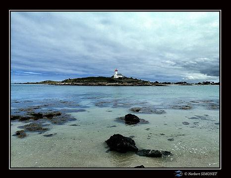 Phare de l'île de Wrac'h - Cadre Paysage bis - Plouguerneau août 2021.jpg
