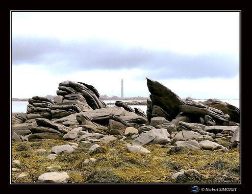 Vue Phare de l'ile vierge - Cadre Paysage bis - Plouguerneau août2021.jpg