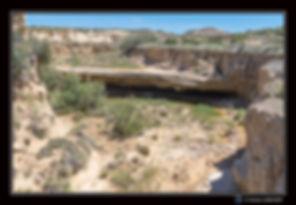 Dalle couvre eau dans canyon Paysage - B
