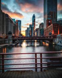 ChicagoRiverCovidSunset2020_sRGB.jpg
