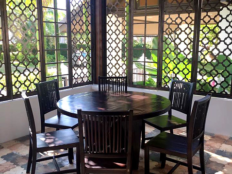 Decor_Garden dining set.jpg