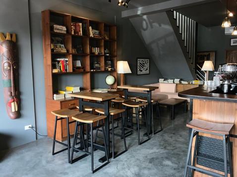 Cafe'_After november cafe_Furnishing.jpg