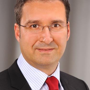 Dr. Robert Himmler, Managing Director of EGS-Plan
