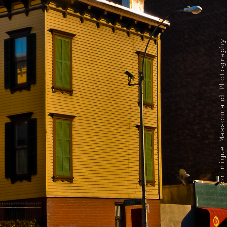 Hopper Yellow Corner
