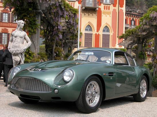Aston Martin DB4 GT Zagato (196O)
