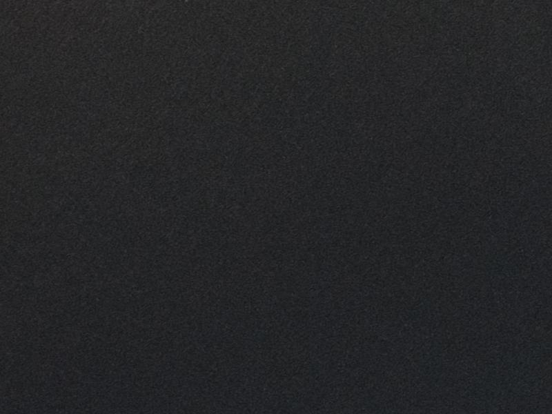 Черный*
