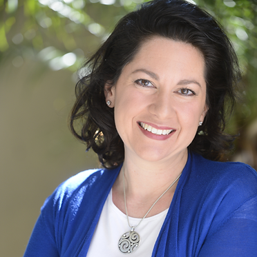 Diana Uricchio, SurroundUs Brand Partner.