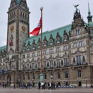 Мир, Гамбург, Май.