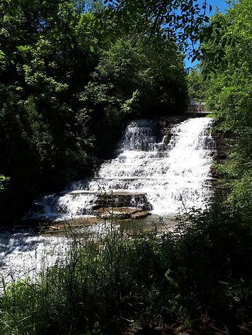 chutes des cascades.jpg