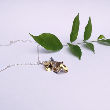 Wisteria Six Petal Necklace