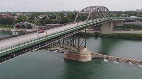 image border crossing bridge.jpg