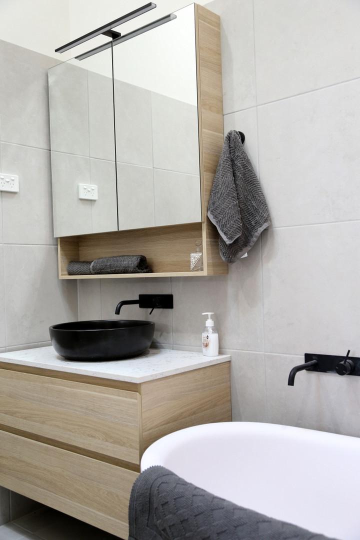 Hilton Homestead Bathroom 1