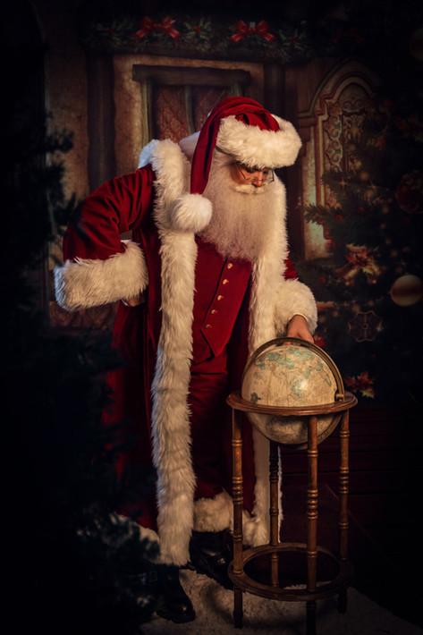 Santa and Globe