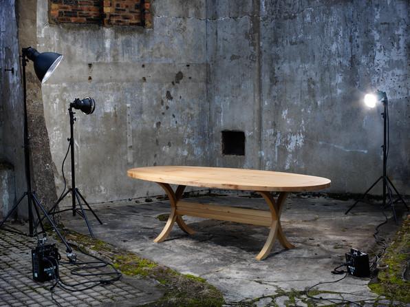 Linton Table