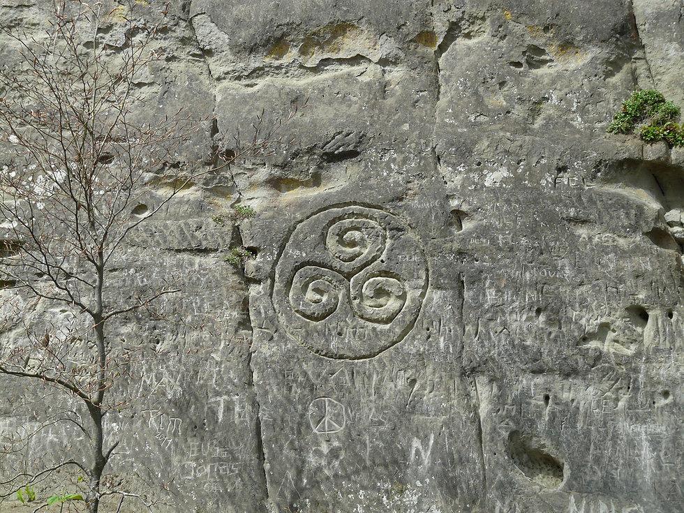 stone-52540_1920.jpg