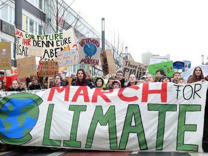 Klimakrise und Gerechtigkeit: Schuld ist nicht der Autofahrer!