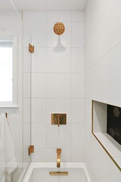 Munoz shower interior.jpg
