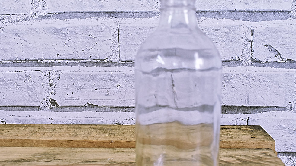 Clear Glass Bottle- 3 day hire