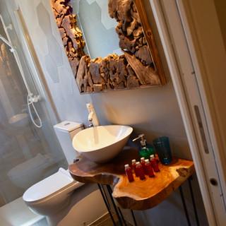 Baño 2 / Bathroom 2