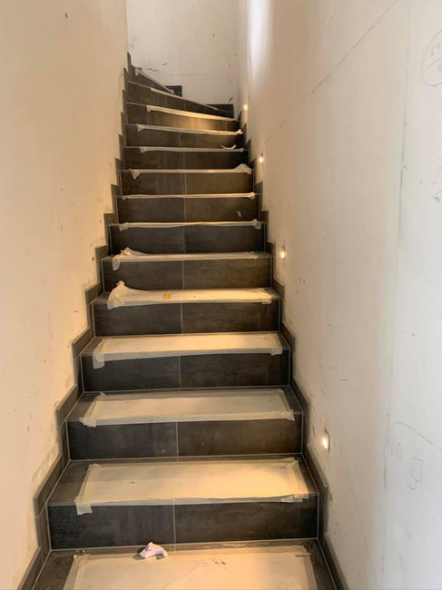 Spots pour éclairer l'escalier